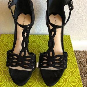 Gianni Bini Black Suede Strap Heels Size 7
